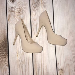 Mix No. 6 heels. Only worn in the house. Size 8.5.